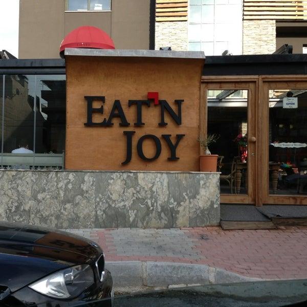 2/24/2013 tarihinde TRKN S.ziyaretçi tarafından Eat'n Joy'de çekilen fotoğraf