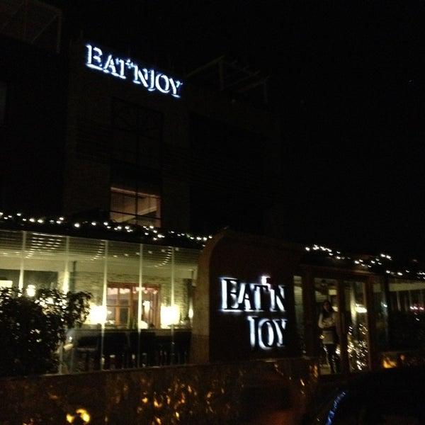 1/2/2013 tarihinde TRKN S.ziyaretçi tarafından Eat'n Joy'de çekilen fotoğraf