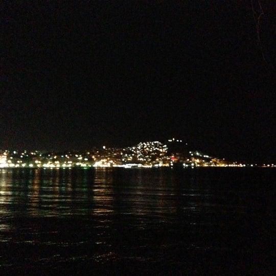 11/23/2012 tarihinde Okan K.ziyaretçi tarafından Cafe Marin'de çekilen fotoğraf