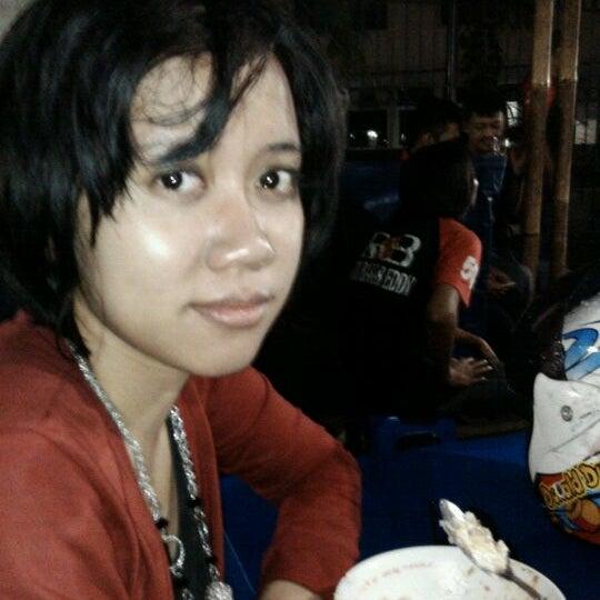 Photo taken at Roti Bakar Eddy by harry w. on 11/20/2011