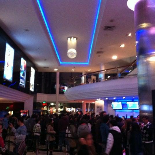 Foto tomada en Cine Hoyts por Jonathan J. el 7/8/2012
