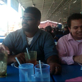Photo taken at Food Court FITM by Miea M. on 9/15/2011