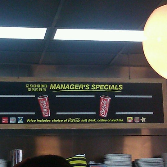 Photo taken at Waffle House by Hope R. on 8/19/2012