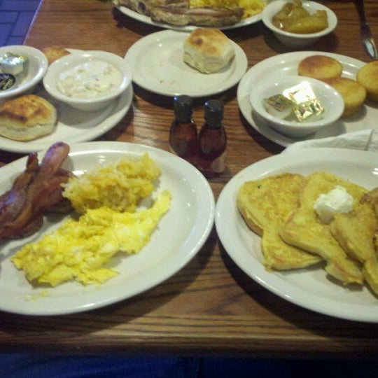 Photo taken at Cracker Barrel by Rob W. on 12/21/2011