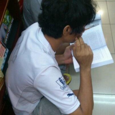 6/3/2012에 Wahid A.님이 Gramedia에서 찍은 사진