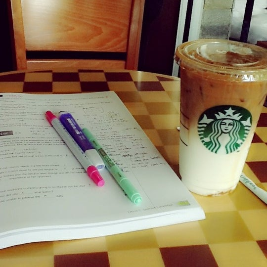 Photo taken at Starbucks by Punchalee K. on 6/20/2012