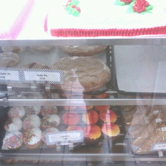 Photo taken at Long's Bakery by Candice R. on 8/4/2012