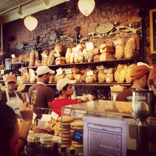 Foto tomada en Amy's Bread por Superjonbot el 8/11/2012
