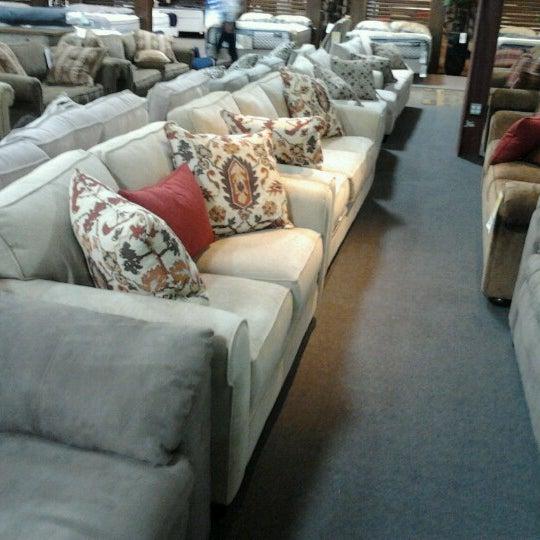 The Dump Furniture Store: Furniture / Home Store
