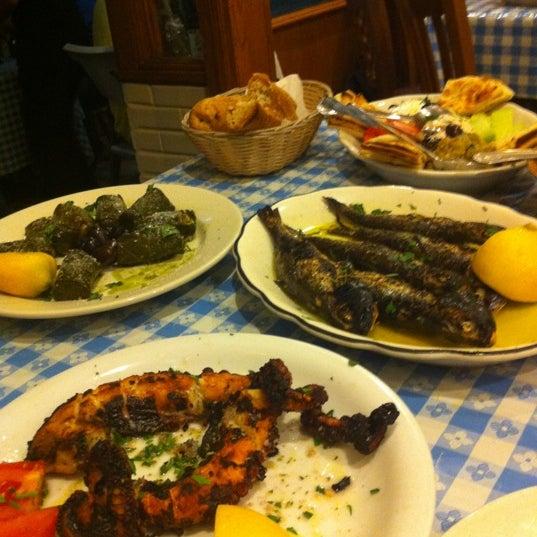 Gregory 39 s 26 corner taverna astoria astoria ny for Astoria greek cuisine