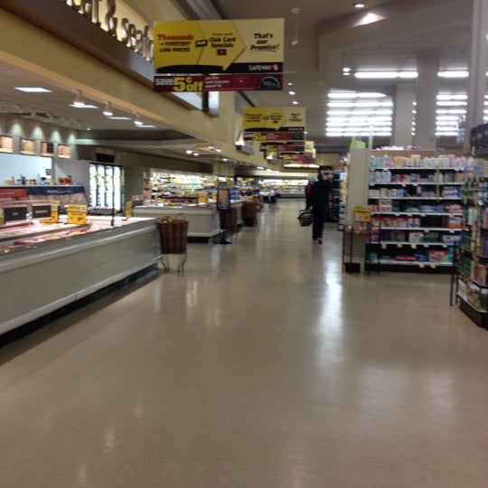 Safeway Grocery Store in Calgary