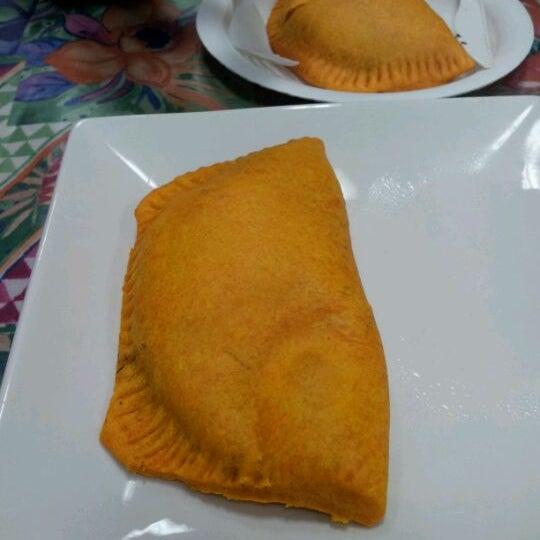 Photo taken at Mama Jamaica's Kitchen by Omari E. on 2/15/2012