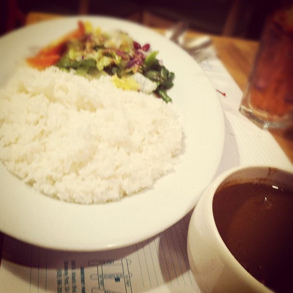 Photo taken at Curry House by Nicole M. on 4/28/2012