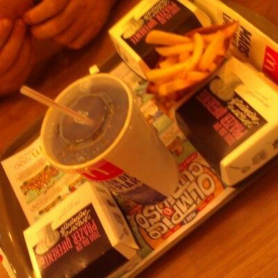 Photo taken at McDonald's by Eduardo A. on 8/23/2012