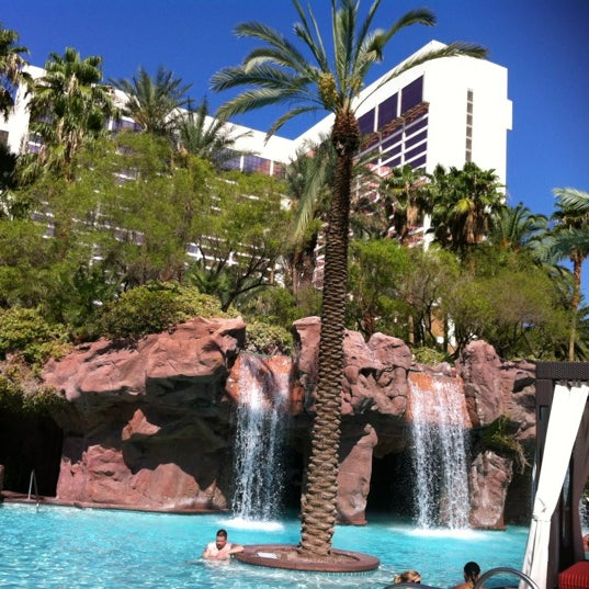 Photo taken at Flamingo GO Pool by Amy M. on 8/24/2012