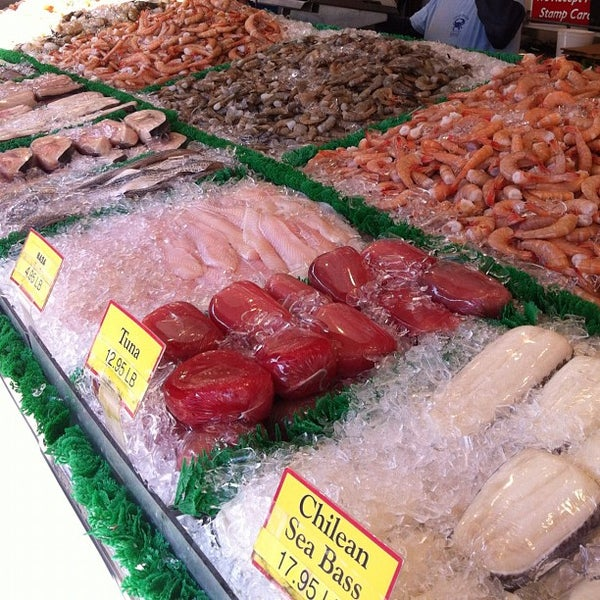 Maine avenue fish market fish market in southwest washington for Maine fish market