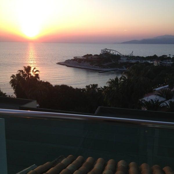 4/22/2013 tarihinde Tolga P.ziyaretçi tarafından Pine Bay Holiday Resort'de çekilen fotoğraf