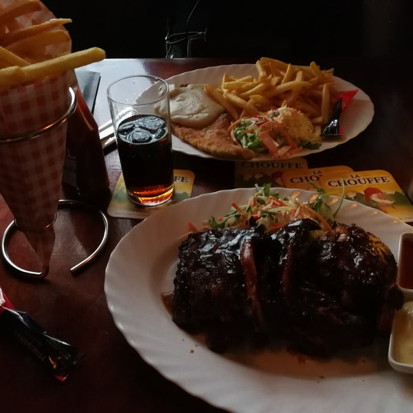 Good meat. Big portions. Normal price. Nice music & location.