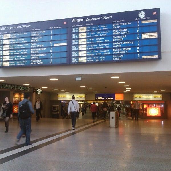 Photo taken at Duisburg Hauptbahnhof by Yulia F. on 9/2/2013