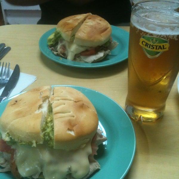 Schoperia Munich - Local de sándwiches en Providencia