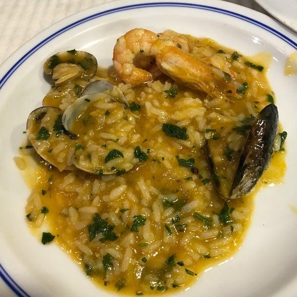 Foto tirada no(a) Restaurante Filipe por Lisette V. em 7/13/2017