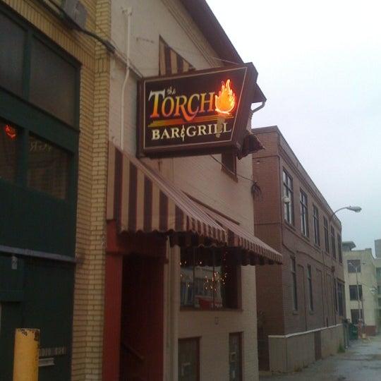 11/3/2012 tarihinde Trent M.ziyaretçi tarafından The Torch Bar and Grill'de çekilen fotoğraf
