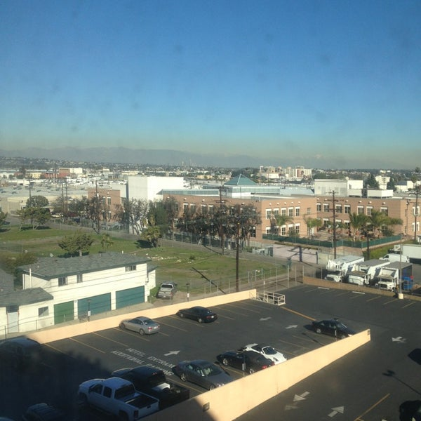 Photo taken at Four Points by Sheraton Los Angeles International Airport by Tonatiuh G. on 1/16/2013