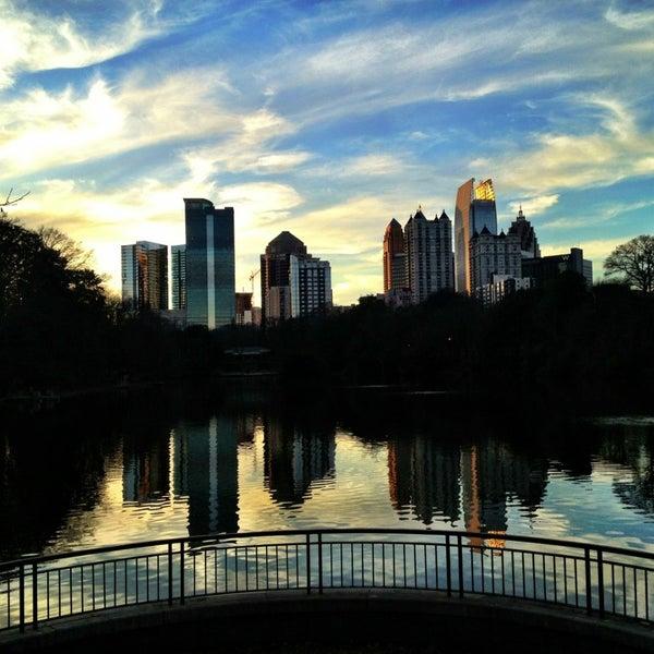 รูปภาพถ่ายที่ Piedmont Park โดย Vanessa B. เมื่อ 1/19/2013
