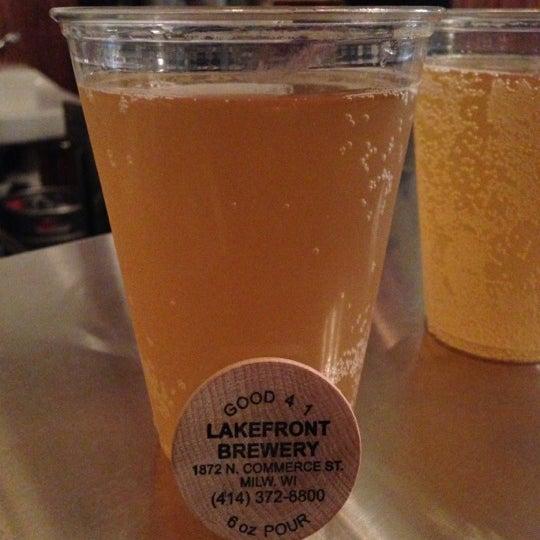 Photo prise au Lakefront Brewery par Nilam T. le11/9/2012
