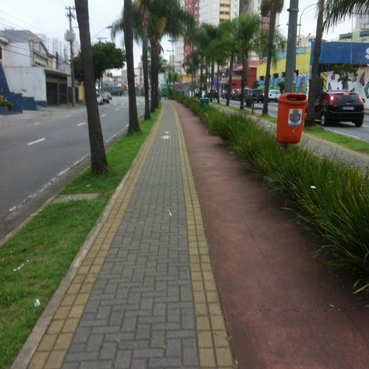 Photo taken at Avenida Presidente Kennedy by Talita G. on 12/8/2012