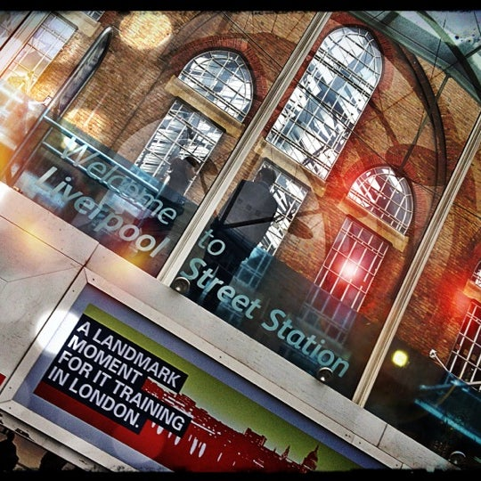 Photo taken at London Liverpool Street Railway Station (LST) by Djaia on 10/27/2012