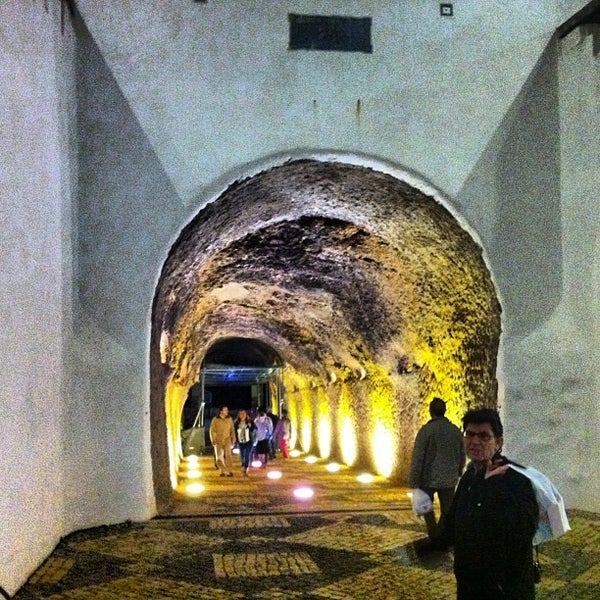 Photo taken at Esplanada do Tunel by Rafael P. on 12/26/2012