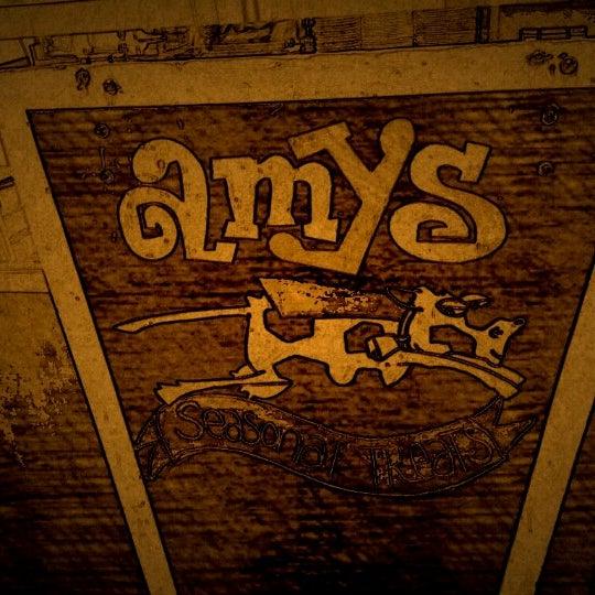 12/4/2012 tarihinde David W.ziyaretçi tarafından Amy's Ice Creams'de çekilen fotoğraf