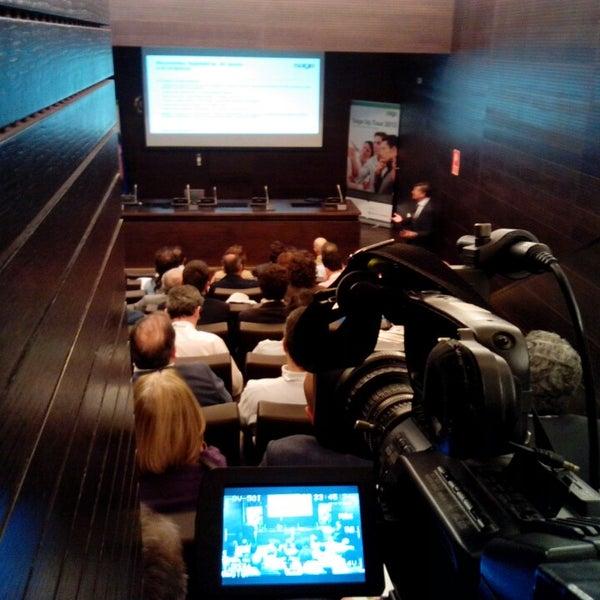 Photo taken at Cámara de Comercio de Sevilla by Marcos S. on 5/8/2013