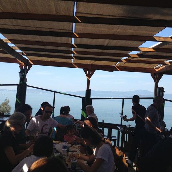 4/28/2013 tarihinde Rtuugfhjziyaretçi tarafından Çamlı Kahve'de çekilen fotoğraf