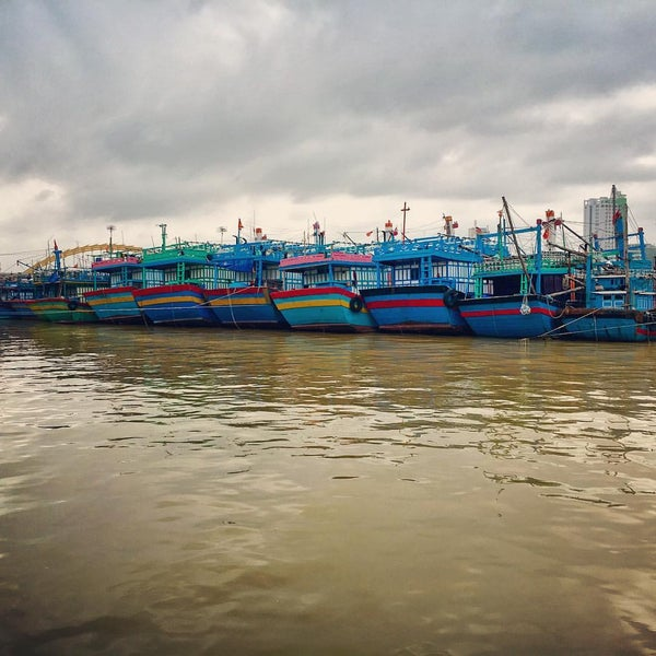 Photo taken at Han River Bridge by Jude L. on 12/20/2016