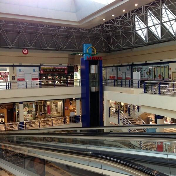 Centro comercial la vega shopping mall in alcobendas - Centro comercial de la moraleja ...