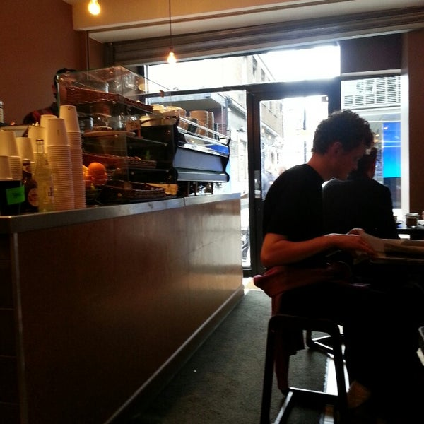 Photo taken at Flat White by Ilssont on 7/3/2013