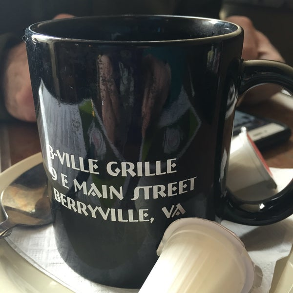 Photo taken at Berryville Grille by Rose B. on 4/9/2016