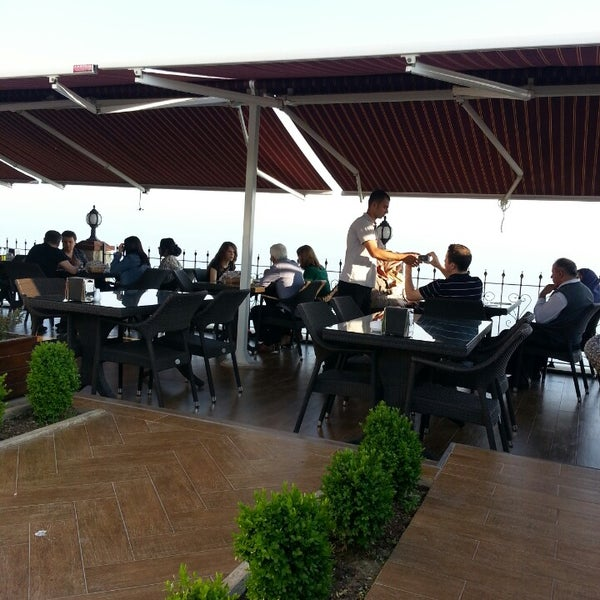 5/5/2013 tarihinde Cüneyt B.ziyaretçi tarafından Köfteci İbrahim'de çekilen fotoğraf