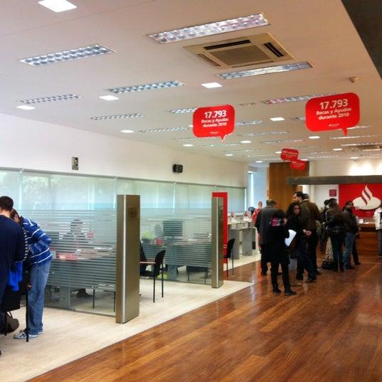 Banco santander ciudad universitaria avenida complutense for Oficina santander madrid