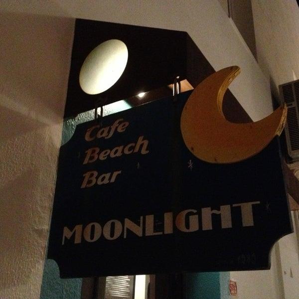 8/27/2013 tarihinde Kemal K.ziyaretçi tarafından Moonlight Cafe Bar'de çekilen fotoğraf