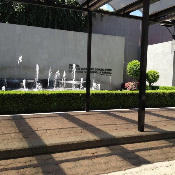 3/23/2013 tarihinde Jacky V.ziyaretçi tarafından Universidad La Salle'de çekilen fotoğraf