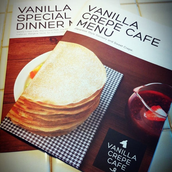 Photo taken at Vanilla Crepe Cafe by Kay S. on 2/3/2013