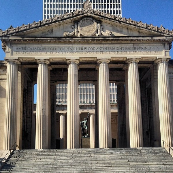 Nashville War Memorial Auditorium by Dan Sproul |Nashville War Memorial