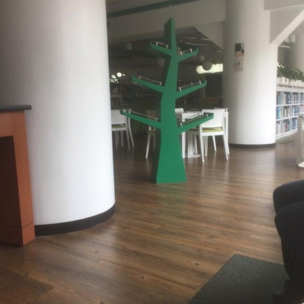 Photo taken at Biblioteca Juan Roa Vásquez by Yeny R. on 3/19/2016
