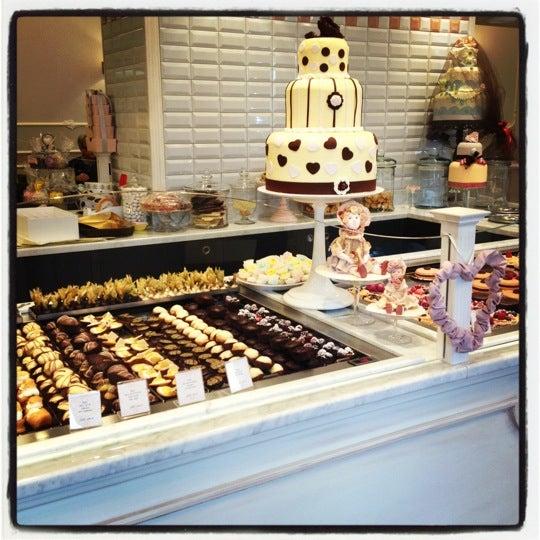 11/11/2012에 Veronica F.님이 Antonella Dolci e Caffé에서 찍은 사진