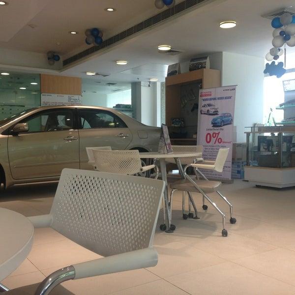Grace Toyota Auto Dealership In Saket
