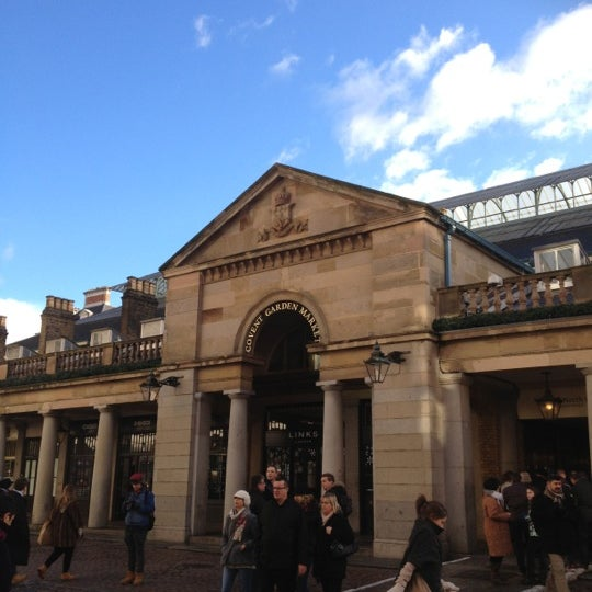 Photo taken at Covent Garden Market by Outlet H. on 12/7/2012