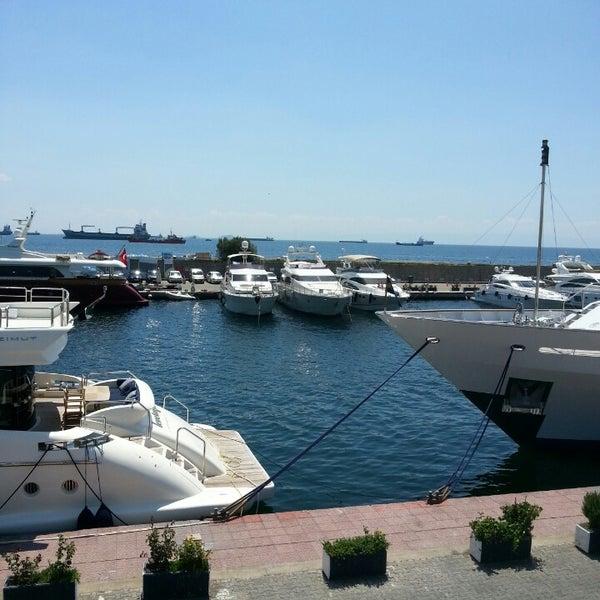 7/21/2013 tarihinde NoNameziyaretçi tarafından Ataköy Marina'de çekilen fotoğraf